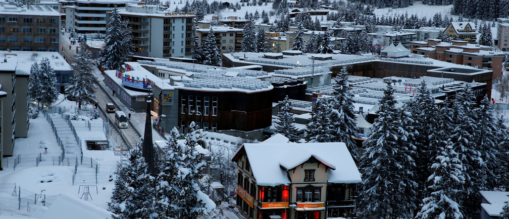 A general view shows the congress center of the annual meeting of the World Economic Forum (WEF) in Davos, Switzerland January 15, 2017.  REUTERS/Ruben Sprich     TPX IMAGES OF THE DAY - RC177DF33850