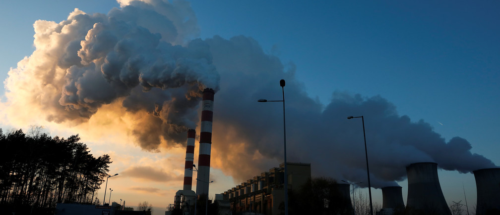 Smoke and steam billows from Belchatow Power Station, Europe's largest coal-fired power plant operated by PGE Group, near Belchatow, Poland November 28, 2018. Picture taken November 28, 2018. REUTERS/Kacper Pempel - RC18FB461000