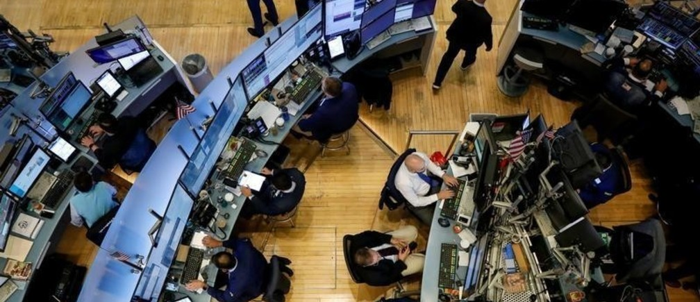 Traders work on the floor at the New York Stock Exchange (NYSE) in New York, U.S., September 9, 2019. REUTERS/Brendan McDermid - RC16BD8E8400