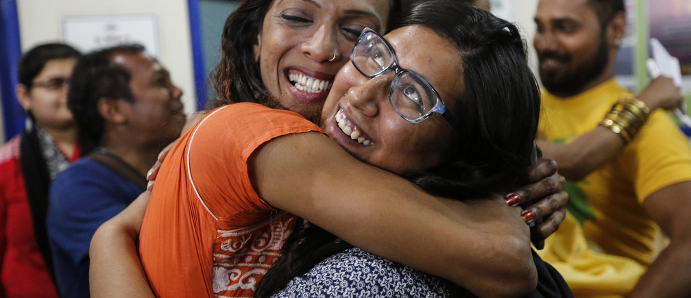 Gay rights activists celebrate after the Supreme court's decision on gay sex in Mumbai, India, February 2, 2016. India's top court on Tuesday said it will review a decision over whether to uphold a colonial-era law that criminalizes gay sex in a victory for homosexual rights campaigners at a time when the nation is navigating a path between tradition and modernity. REUTERS/Danish Siddiqui - D1BESKSHKNAB