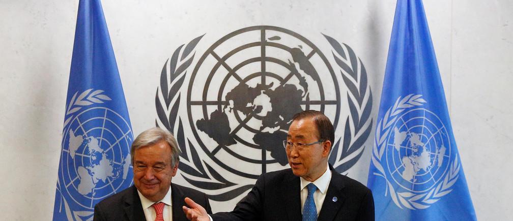 Secretary General-designate Antonio Guterres of Portugal (L) is greeted by current U.N. Secretary General Ban Ki-moon at the U.N. headquarters in New York City, U.S. October 13, 2016. REUTERS/Brendan McDermid - D1AEUGUGQDAA