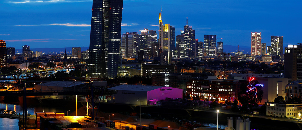 The skyline with its banking district and the European Central Bank (ECB) is photographed in Frankfurt, Germany, August 13, 2019. REUTERS/Kai Pfaffenbach - RC1489AD06F0