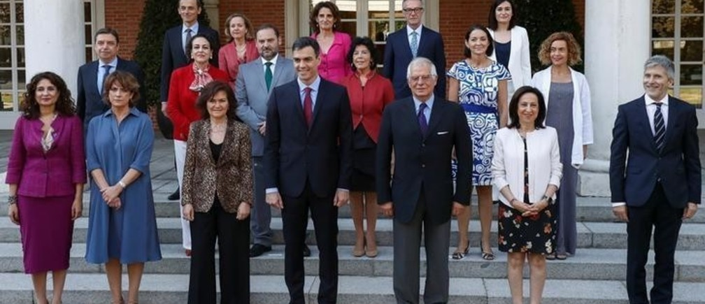 Spain's Prime Minister Pedro Sanchez and cabinet ministers pose for a family photo before their cabinet meeting at the Moncloa Palace in Madrid, Spain July 6, 2018. REUTERS/Juan Medina