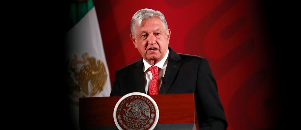El presidente de México, Andrés Manuel López Obrador, da una conferencia de prensa en el Palacio Nacional en la Ciudad de México, México, el 17 de marzo de 2020.