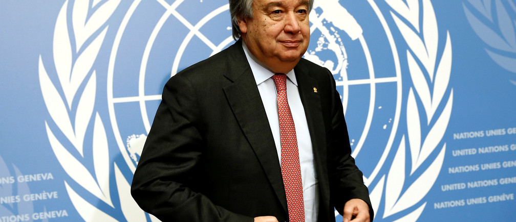 Antonio Guterres, United Nations High Commissioner for Refugees (UNHCR), arrives for a news conference at the United Nations in Geneva, Switzerland December 18, 2015.  REUTERS/Denis Balibouse/File photo - RTSQWTU