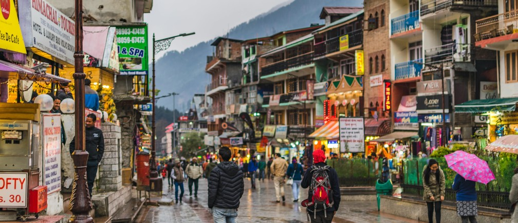 The Mall/Mall Road, Manali, India