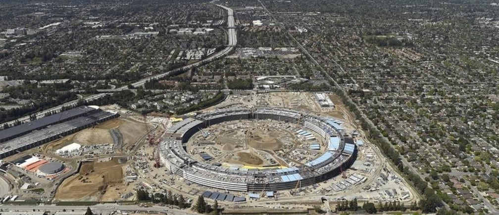 The Apple Campus 2 is seen under construction in Cupertino, California in this aerial photo taken April 6, 2016. REUTERS/Noah Berger - RTSE2L7