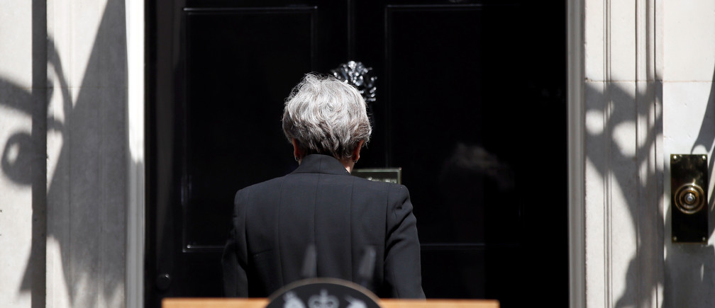 Britain's Prime Minister, Theresa May, leaves after speaking outside 10 Downing Street, following the attack at Finsury Park Mosque, in central London, Britain June 19, 2017.  REUTERS/Stefan Wermuth - RTS17ODT