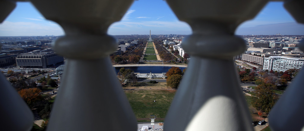 A general view of the National Mall is seen from the rebuilt cast-iron dome of the U.S. Capitol, which was formally completed on Tuesday on time for the inauguration of President-elect Donald Trump during a media tour in Washington, U.S., November 15, 2016. REUTERS/Carlos Barria - RTX2TTVG