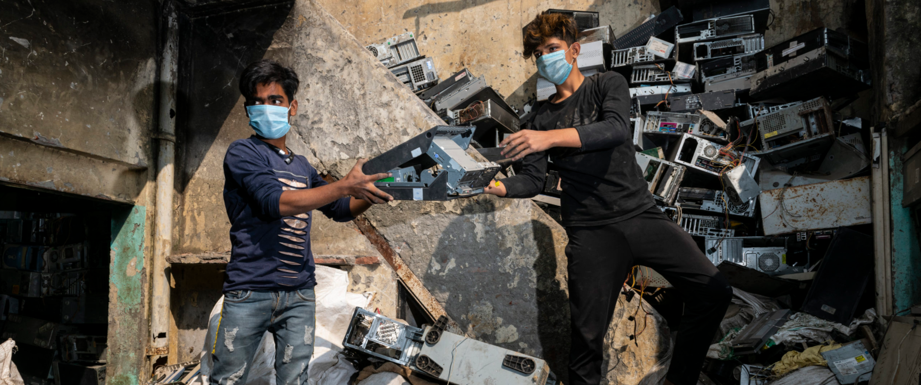 Cleaning up India's mountains of e-waste