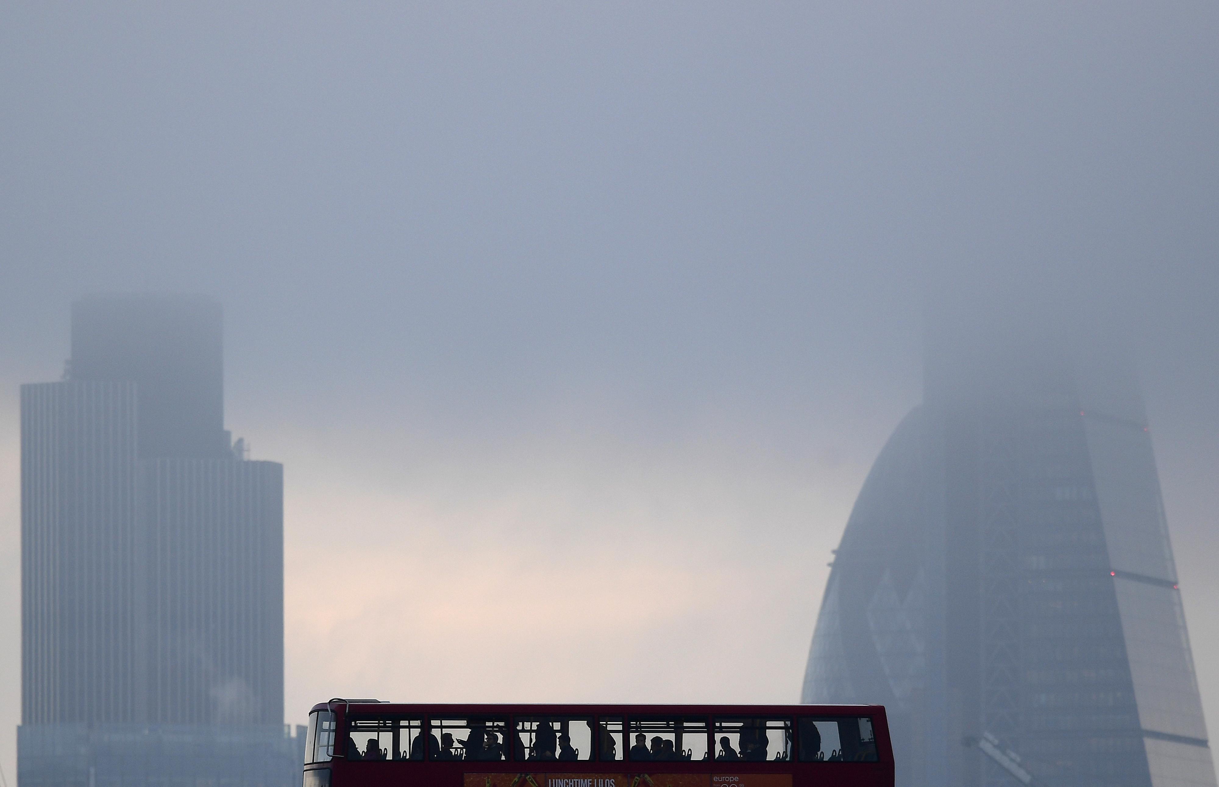 La contaminación atmosférica y las olas de calor exacerbadas por el cambio climático contribuyen a alrededor del 13% de todas las muertes en Europa.