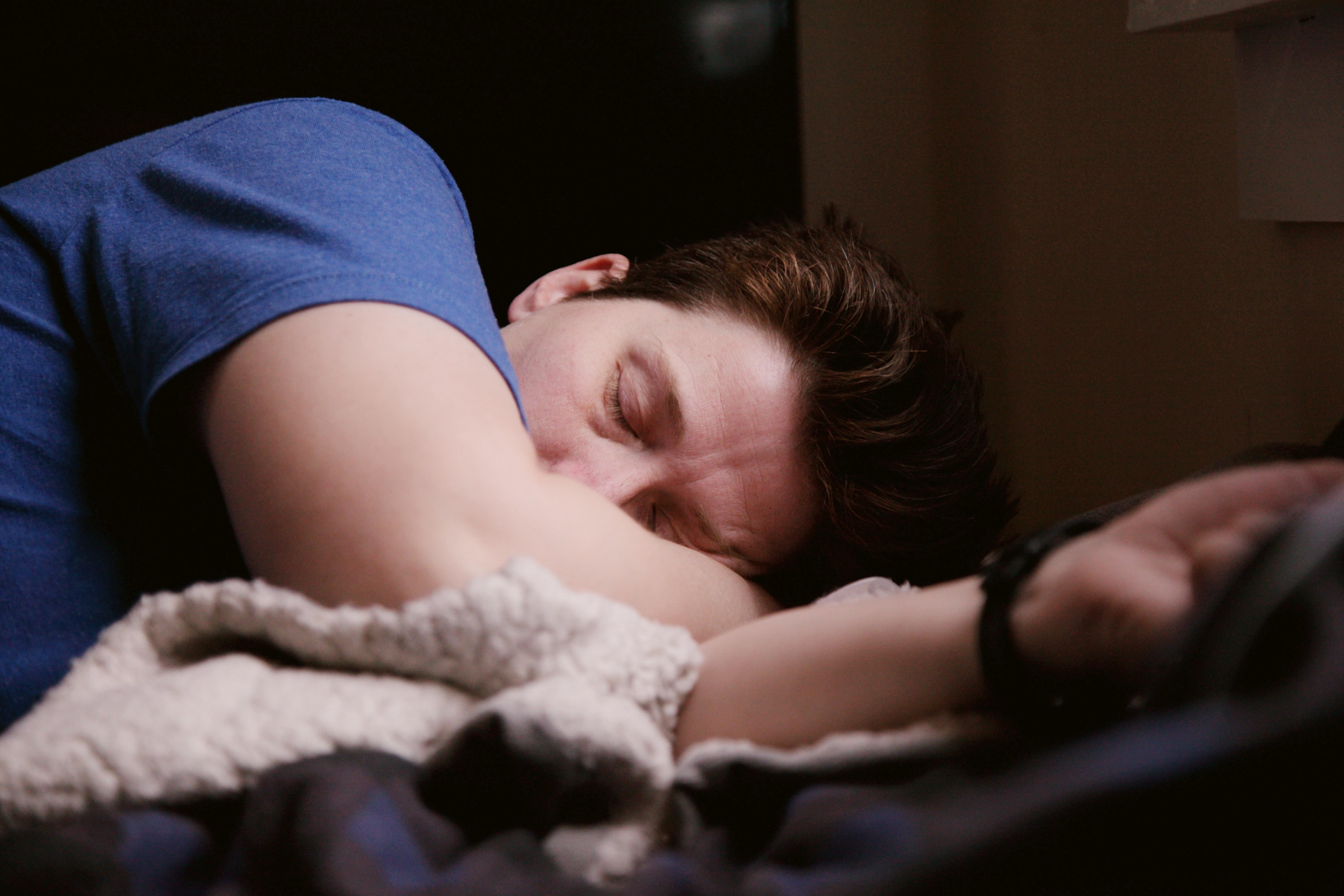 A sleep expert explains why you're having such vivid dreams during the  coronavirus pandemic | World Economic Forum