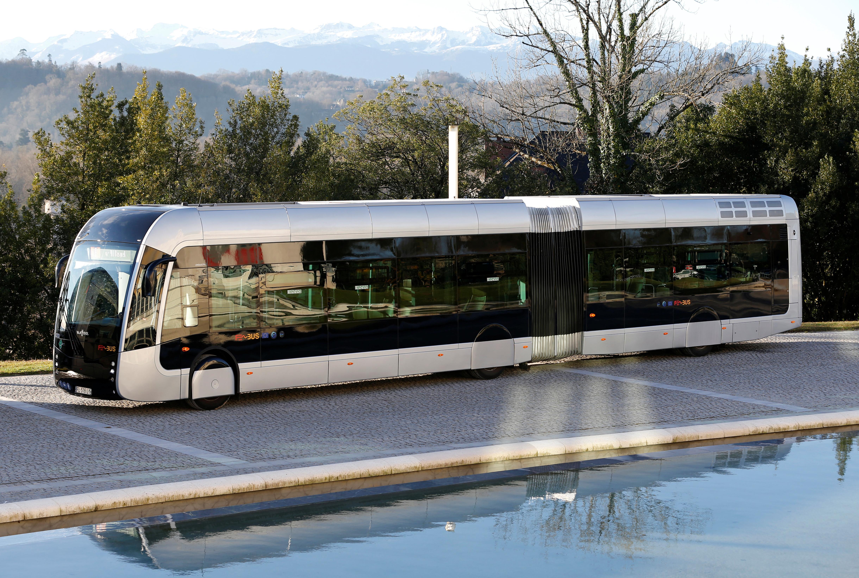 The new Febus hydrogen bus is seen before a presentation in Pau, France, January 14, 2020. REUTERS/Regis Duvignau - RC2LFE9ZHSBO