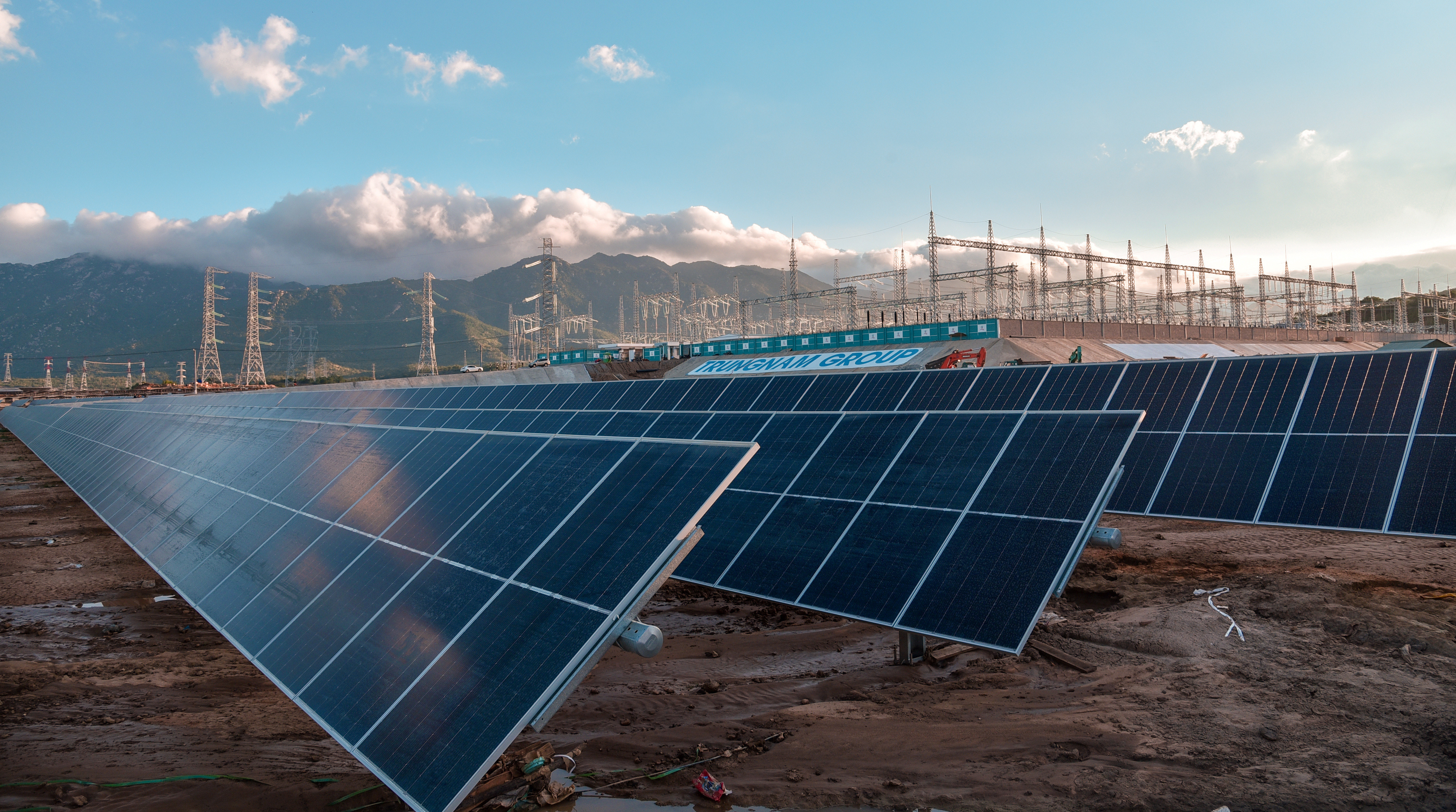 Panels are seen at a solar power farm of Trung Nam group in Ninh Thuan province, Vietnam September 3, 2020. Picture taken September 3, 2020. Trung Nam Group/Handout via REUTERS ATTENTION EDITORS - THIS IMAGE WAS PROVIDED BY A THIRD PARTY. NO RESALES. NO ARCHIVES. - RC21HJ90EVBI