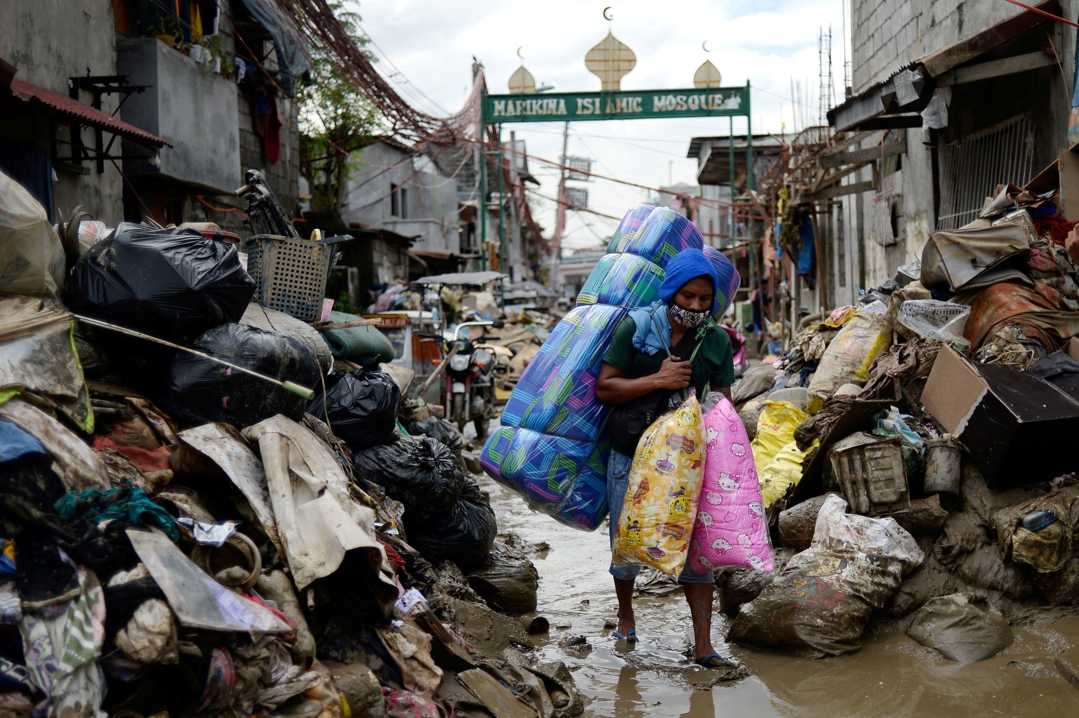 poverty coronavirus covid 19 extreme hunger famine homeless water sanitation poor poorer pandemic sdgs  global goals funding finance banks bank