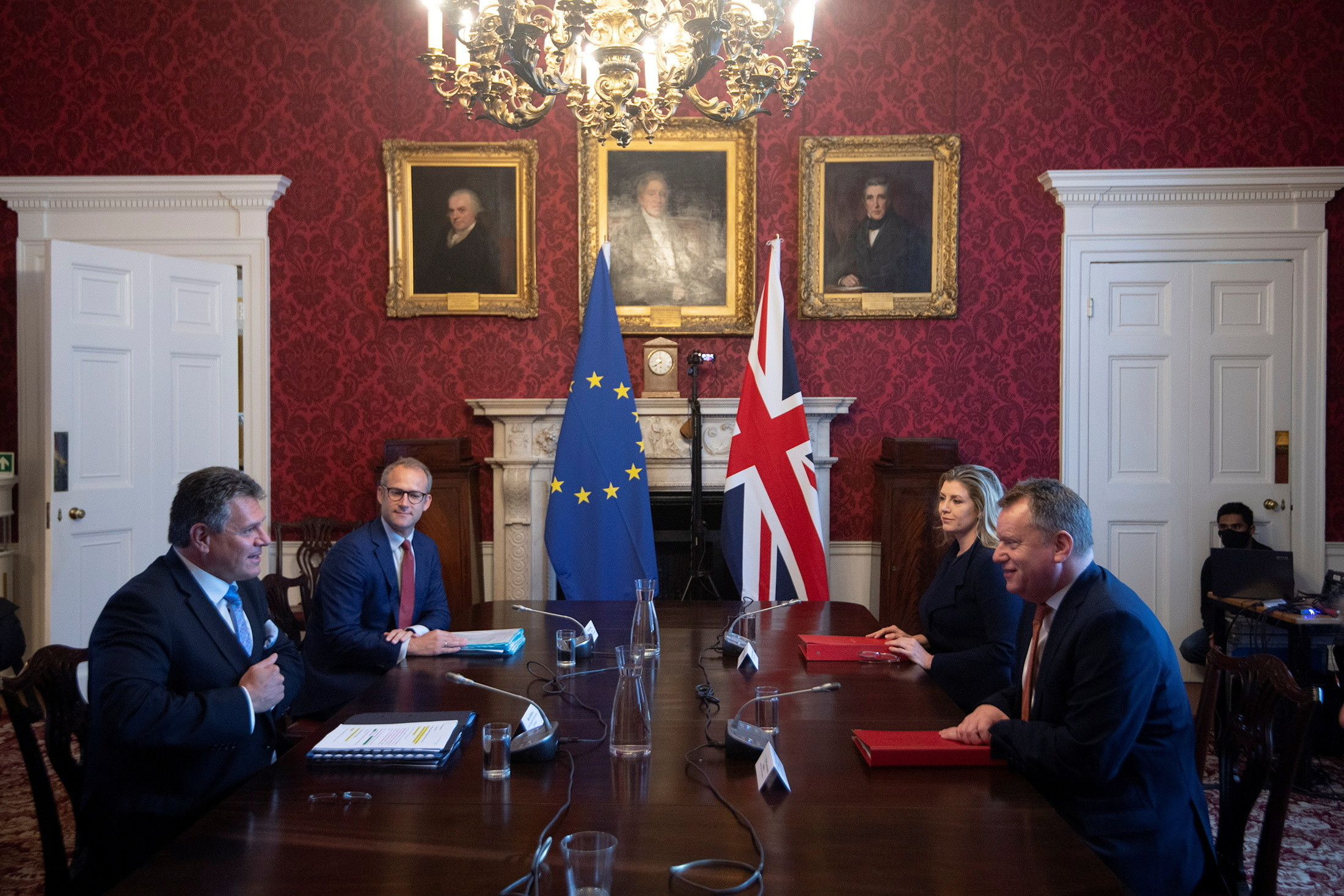 Britain's Brexit Minister David Frost chairs the first meeting of the Partnership Council with European Commission Vice-President Maros Sefcovic in London, June 9, 2021. Eddie Mulholland/Pool via REUTERS - RC2UWN9G98FS