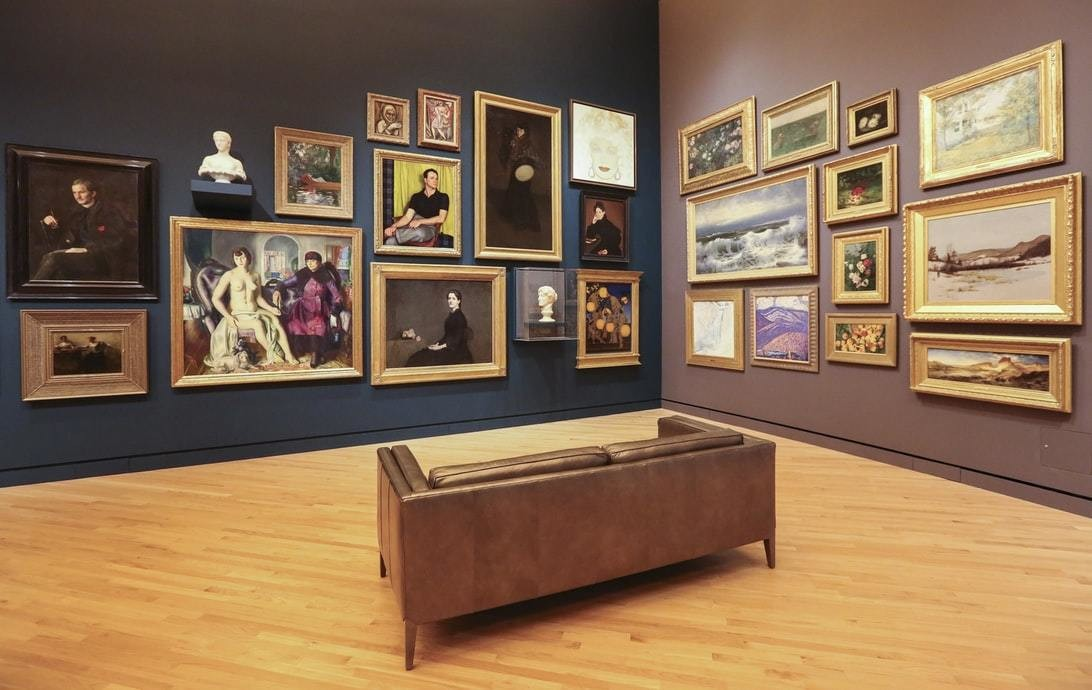image of an art gallery