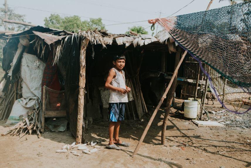 mexico housing boy