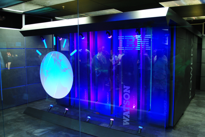 Un superordinateur tournant avec Watson, l'intelligence artificielle mise au point par IBM / ©Clockready