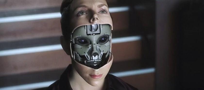 Il est peu probable qu'une IA super intelligente se laisse ouvrir sans broncher comme une boîte de conserve, comme dans le film I.A. intelligence artificielle de Steven Spielberg.