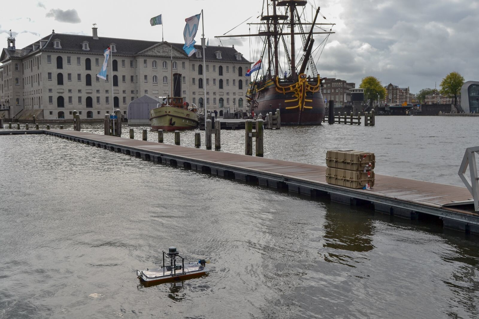 Researchers are testing miniature versions of autonomous boats on Amsterdam's canals.
