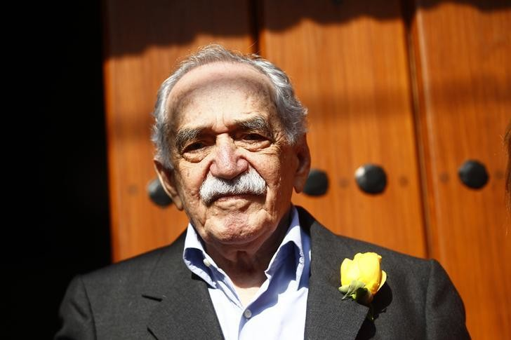 Colombian author Gabriel Garcia Marquez stands outside his house on his 87th birthday in Mexico City March 6, 2014.