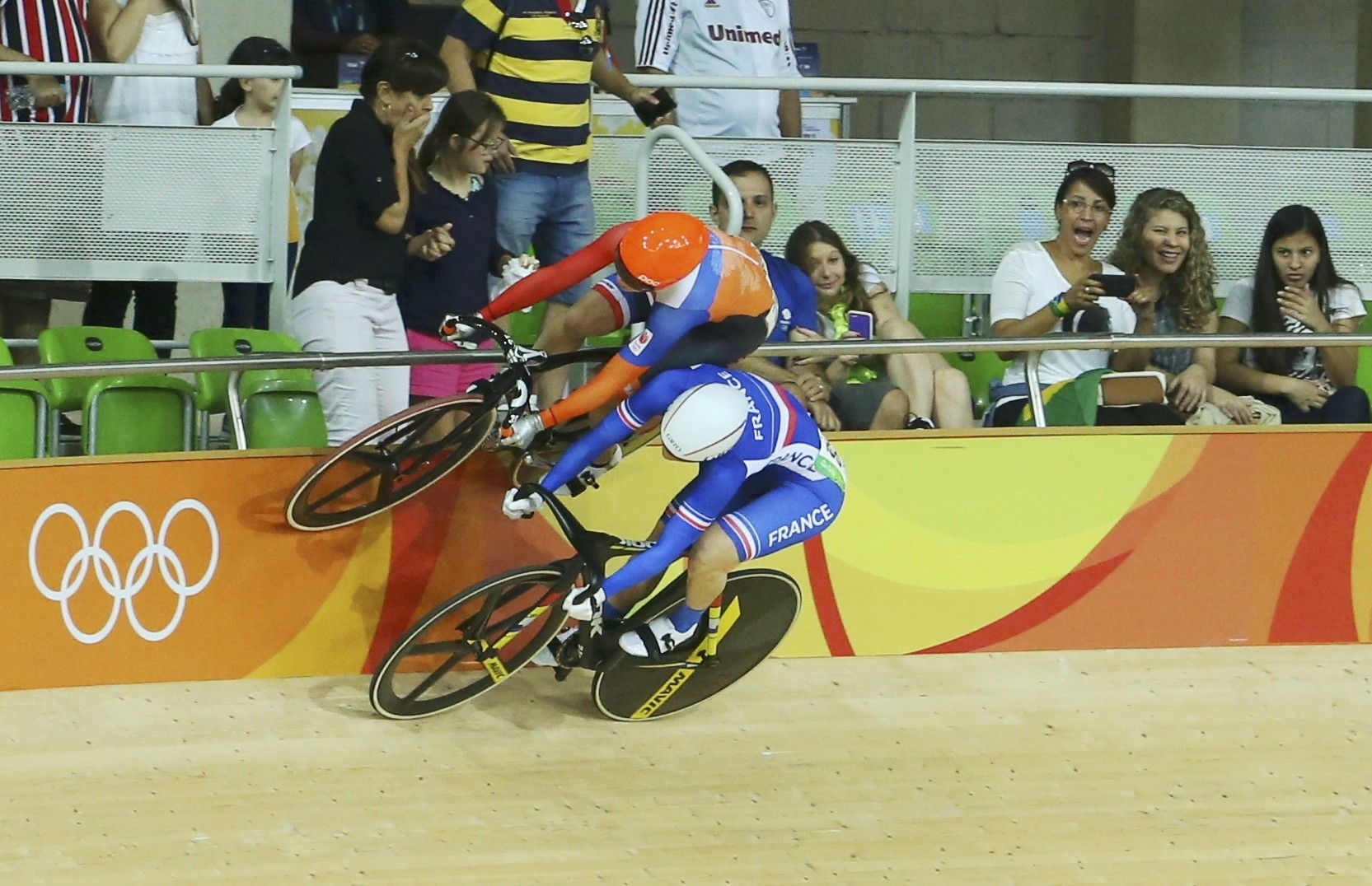 Laurine van Riessen (NED) of Netherlands and Virginie Cueff (FRA) of France compete