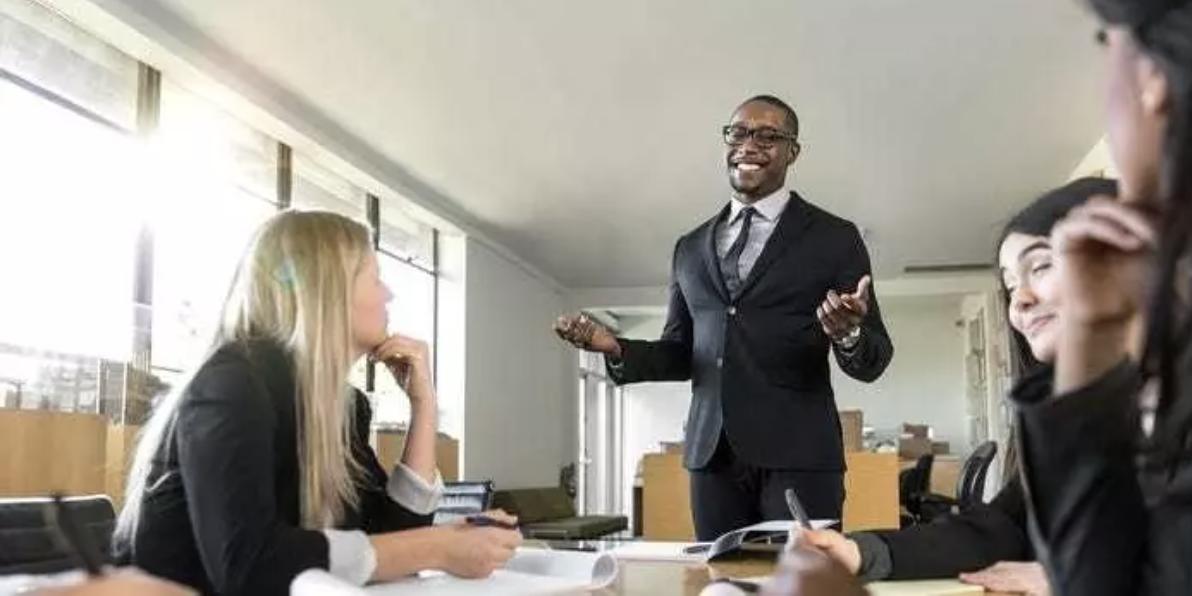 Comentar el lenguaje o los hábitos de habla de una persona negra tiene una historia complicada.