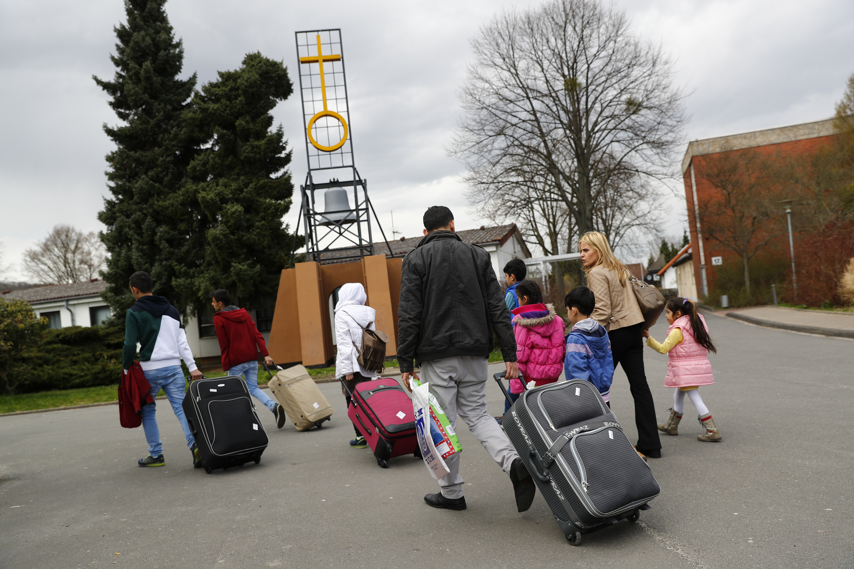 Syrian refugees arrive at the camp for refugees and migrants in Friedland, Germany April 4, 2016. The first group of Syrian refugees arrived in Germany by plane from Turkey under a new deal between the European Union and Ankara to combat human trafficking and bring migration under control, German police said on Monday.