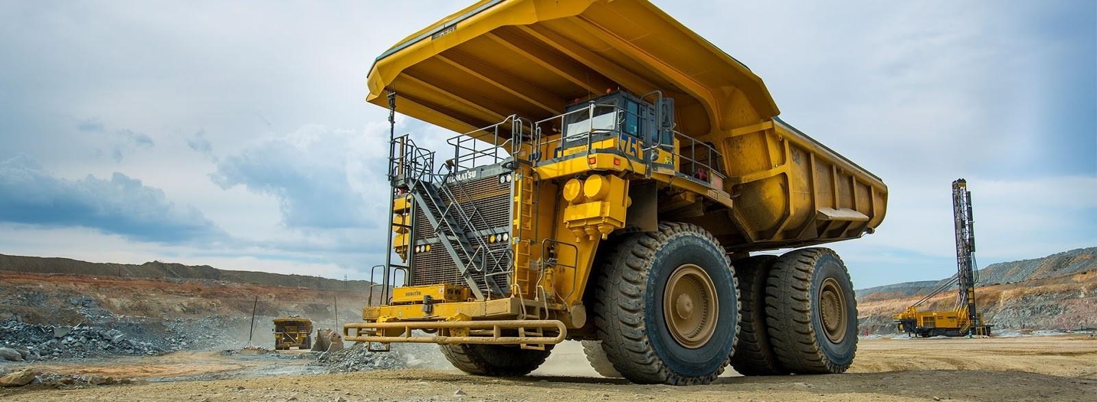 دنیا کی سب سے بڑی برقی گاڑی کی تصویر