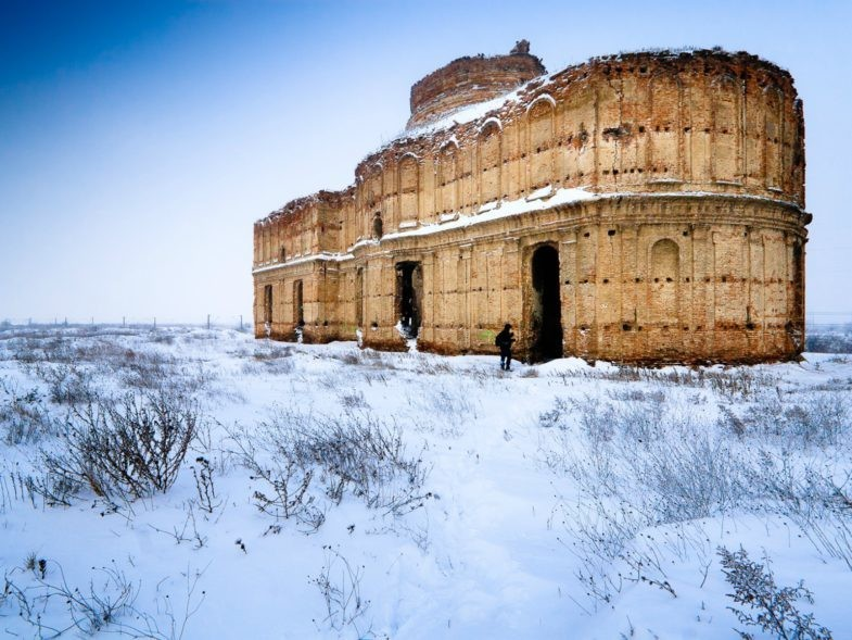Le monastère de Chiajna, l'hiver, à côté de Bucarest en Roumanie.