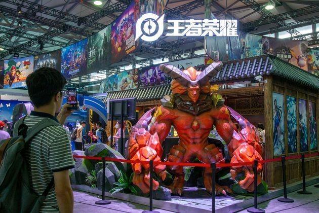 """Le jeu mobile populaire """"Honor of Kings"""" de Tencent sorti en 2016 avaient été fustigé pour ses caractéristiques addictives."""