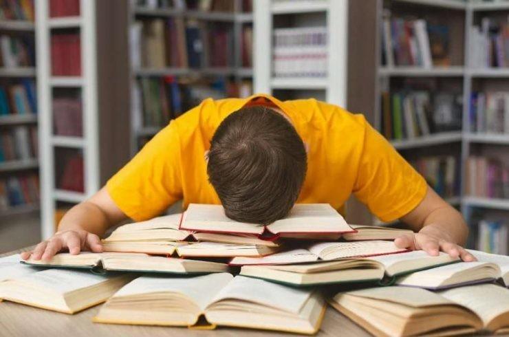 La fréquence de vos siestes pourrait être un signe de votre situation personnelle.