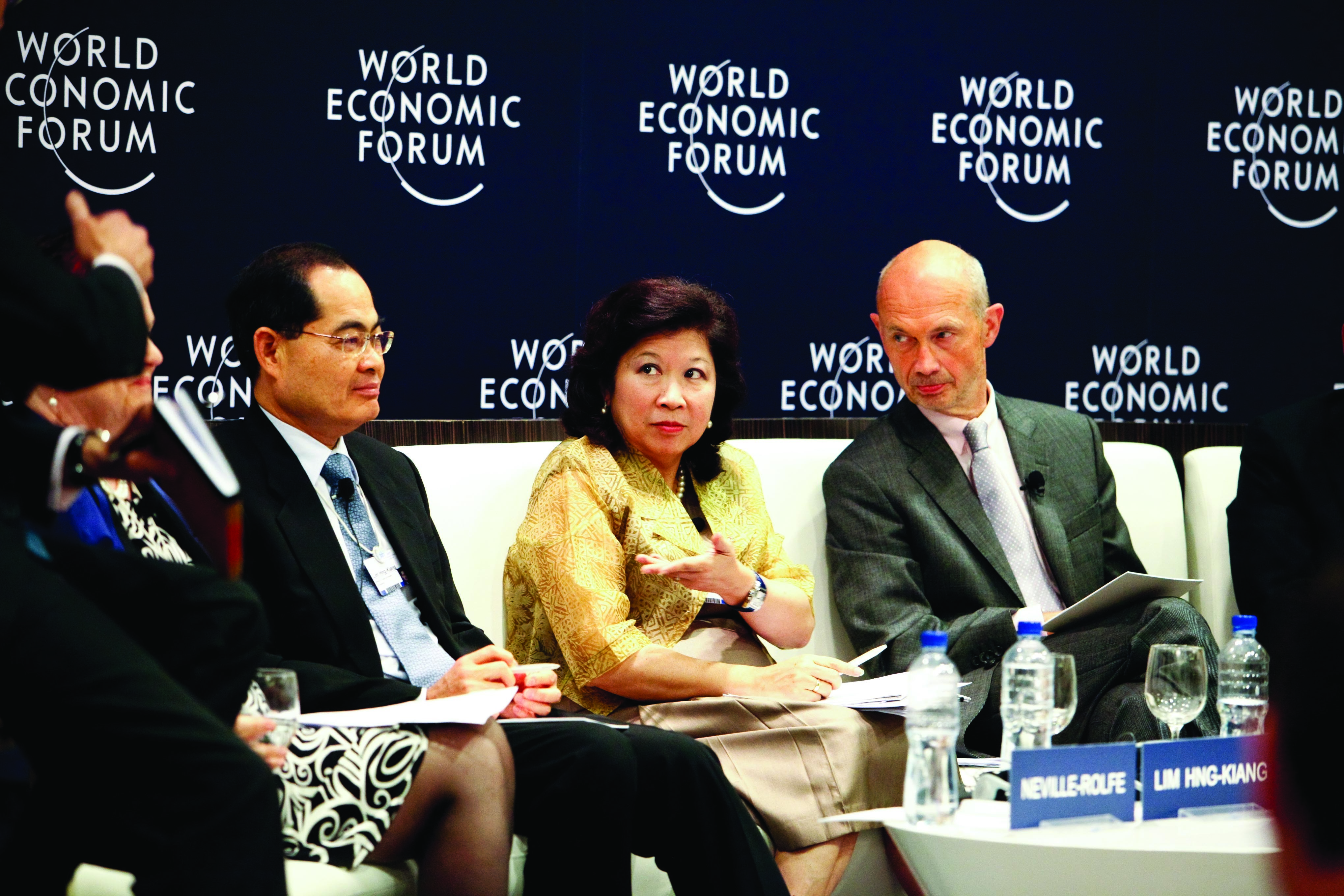 """Lim Hng-Kiang, Minister for Trade and Industry, Singapore, Mari Elka Pangestu, Minister of Trade, Indonesia and Pascal Lamy, Director-General, World Trade Organization at a panel discussion """"Open Borders: Building Trade Capacity in Emerging Economies"""""""