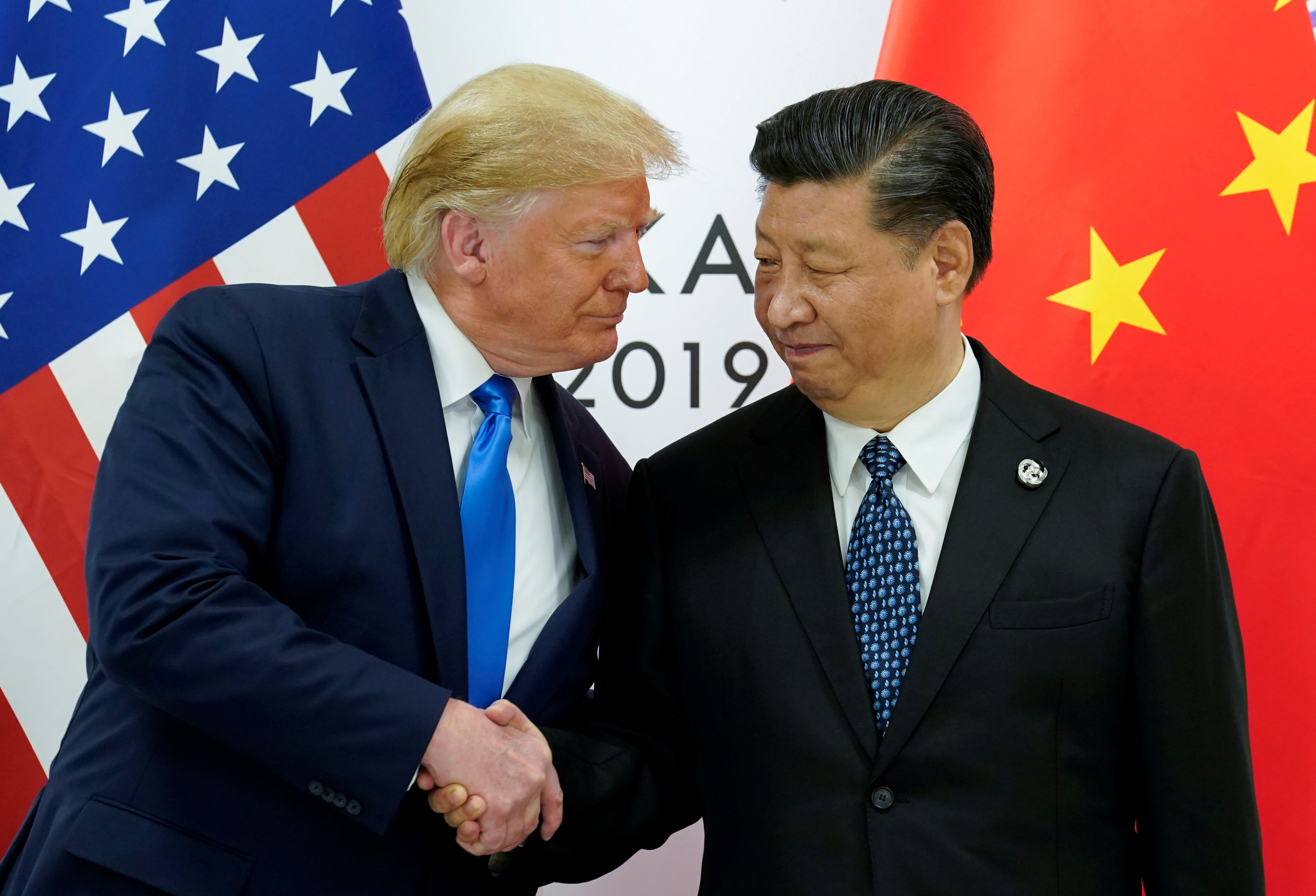 U.S. President Donald Trump meets with China's President Xi Jinping at the start of their bilateral meeting at the G20 leaders summit in Osaka, Japan, June 29, 2019. REUTERS/Kevin Lamarque     TPX IMAGES OF THE DAY - RC1D2FDA4690
