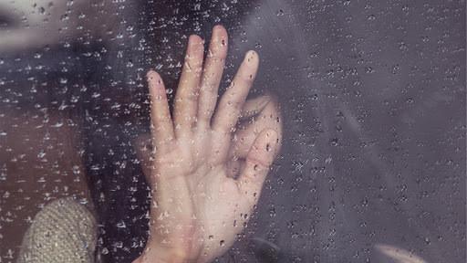 Tears flush out stress hormones