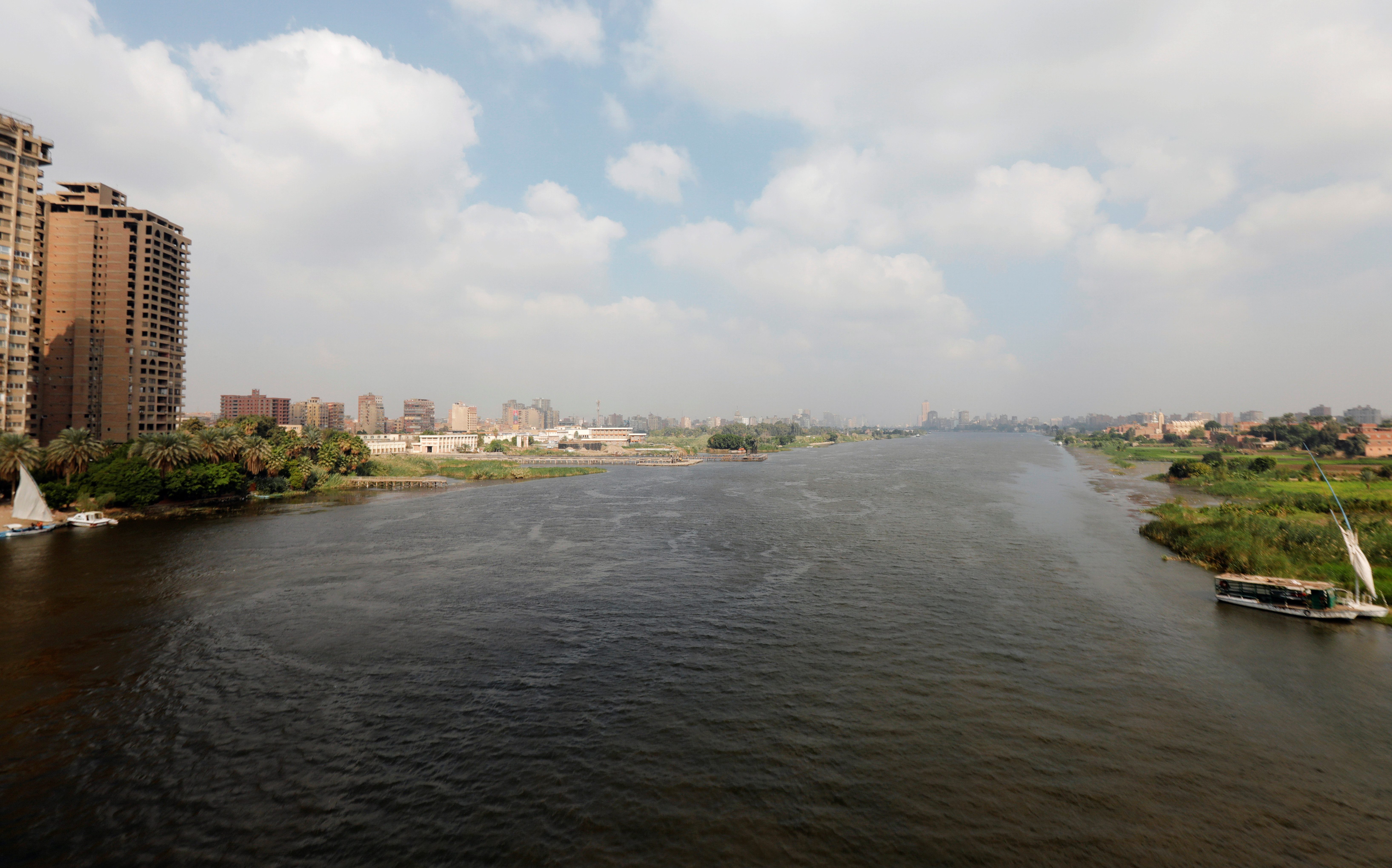 A general view shows the River Nile with houses and farmland in Cairo, Egypt November 6, 2019. REUTERS/Amr Abdallah Dalsh - RC2Q5D9MX7RD