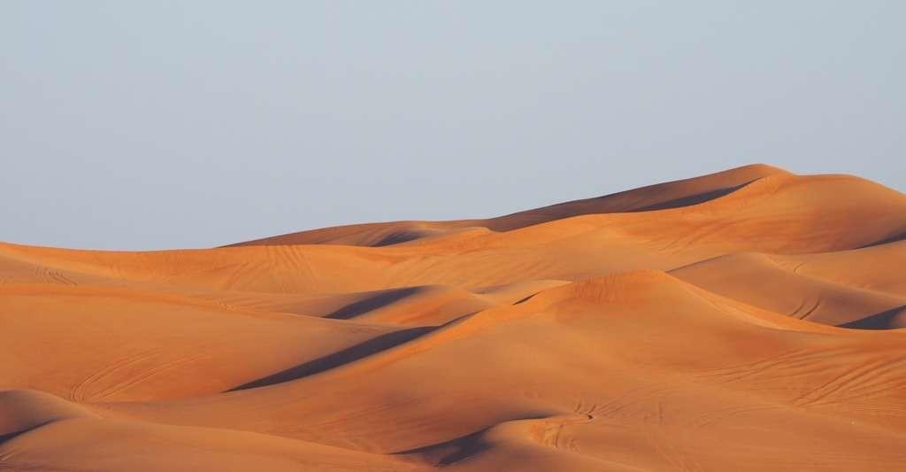 Sous le Sahara, il existe des nappes phréatiques qui réagissent encore au changement climatique survenu il y a 10.000 ans !