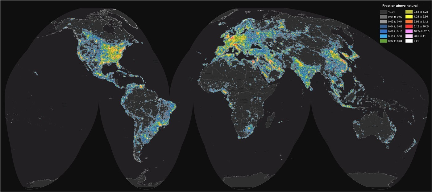 Map of the world highlighting the areas of the world with the worst light pollution.