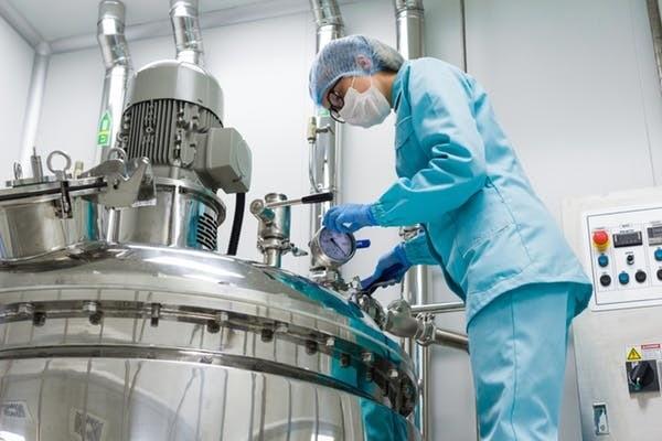 La consommation d'énergie, y compris le chauffage, la ventilation et la climatisation, dans les installations de production des sociétés pharmaceutiques produit de grandes quantités de gaz à effet de serre.