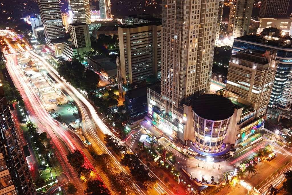 Le développent anarchique de Jakarta a entraîné un pompage intempestif dans les nappes souterraines.