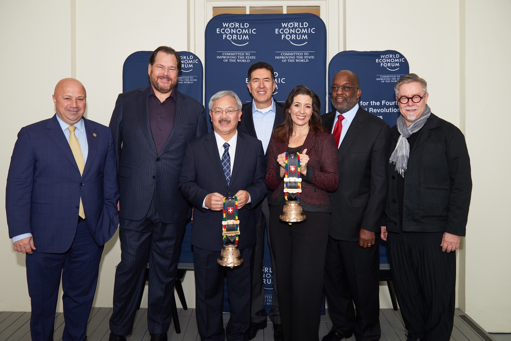 From left to right: CEO of Turkcell Kaan Terzioğlu, Salesforce CEO Marc Benioff, San Francisco Mayor Ed Lee, Murat Sönmez, Member of the World Economic Forum Managing Board and Head of the new Center, Oakland Mayor Libby Schaaf, CEO of Kaiser Permanente Bernard Tyson, CEO of IDEO Tim Brown