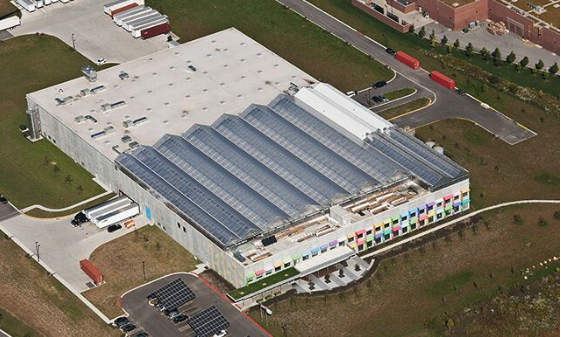 The world's largest rooftop greenhouse is on a Chicago factory