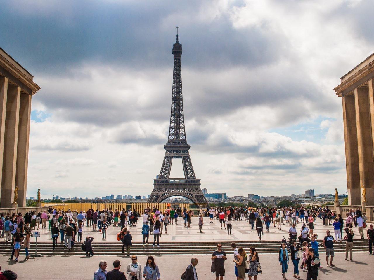 La Tour Eiffel, vue du palais du Trocadéro, Paris, France.