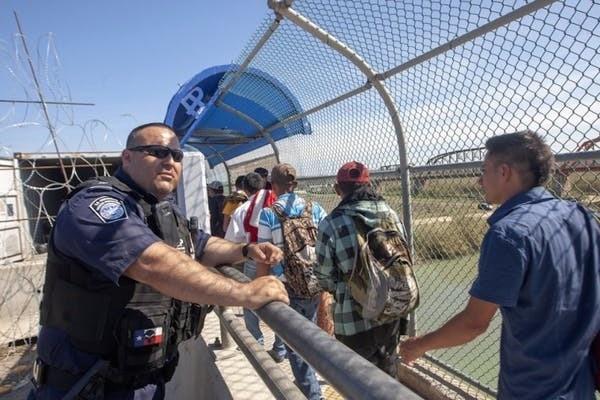 Des migrants d'Amérique centrale sur le chemin des États-Unis (ici au Mexique, en février 2019, à Piedras Negras, État de Coahuila).