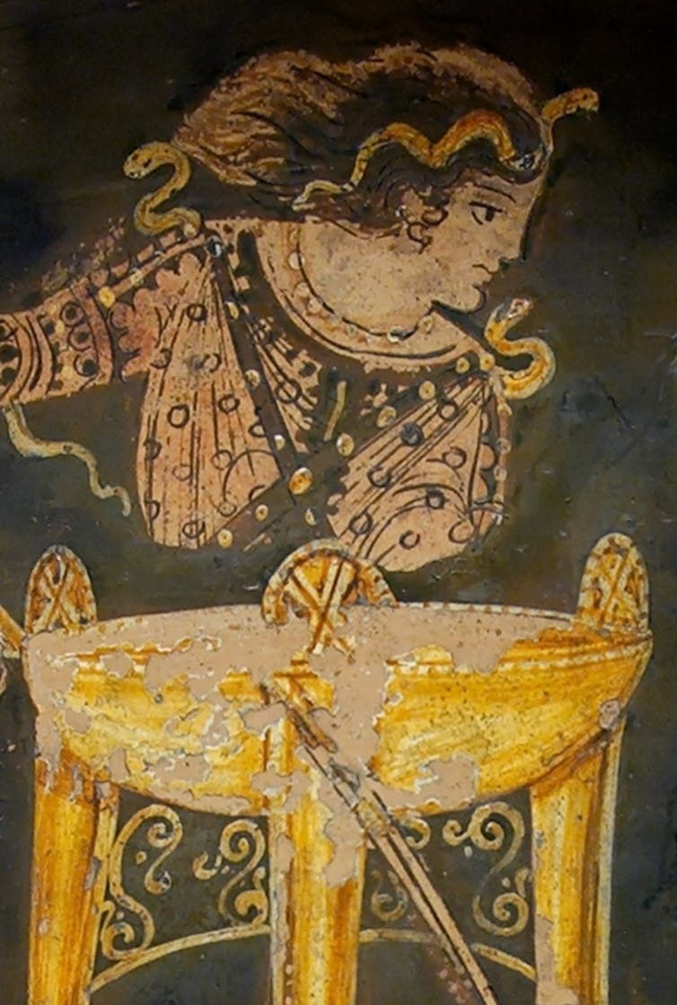 Delphic tripod. Paestan red-figured bell-krater, ca. 330 BC.Commons