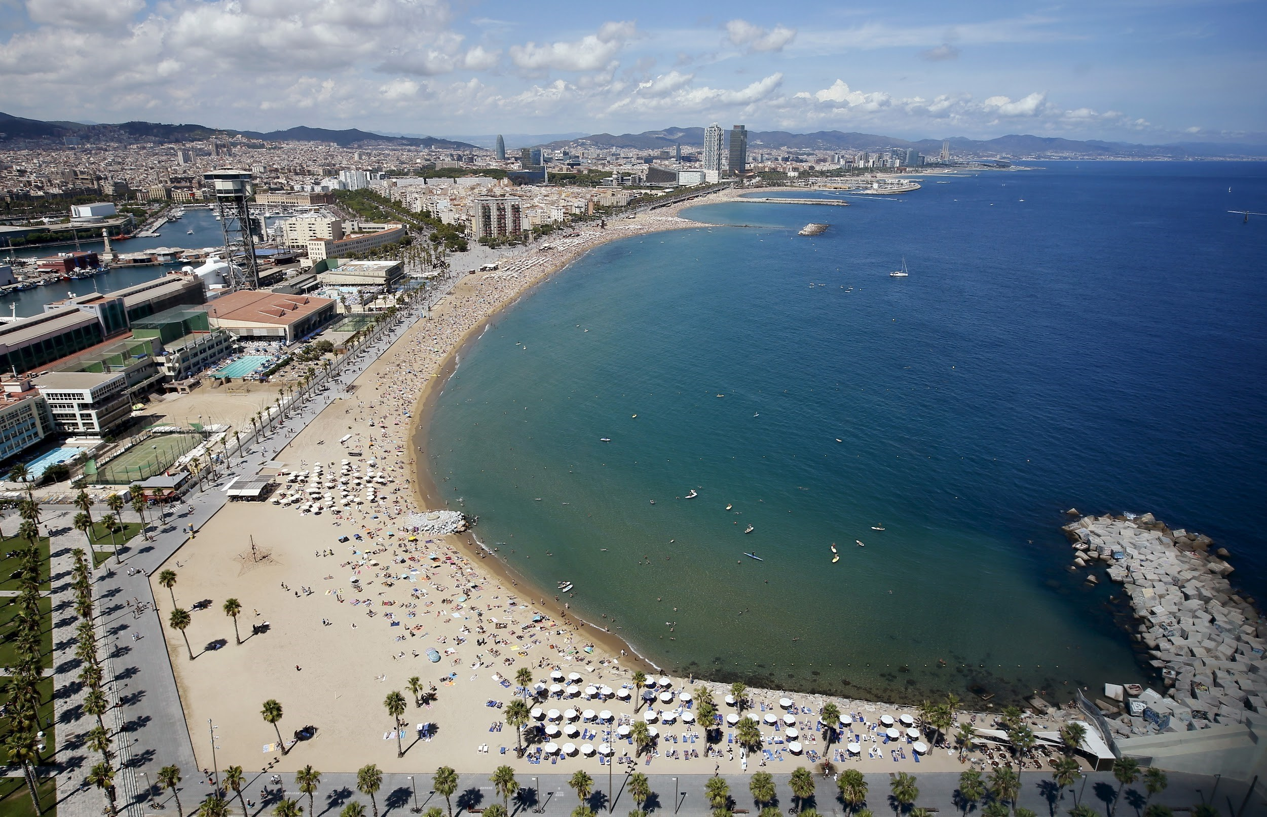 Residents of Barcelona take 30.5 days leave on average