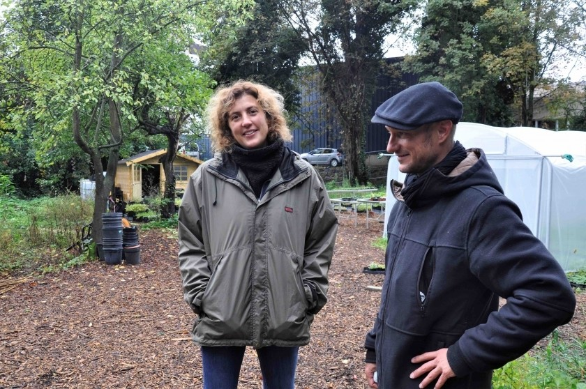 Judith Charlier, coordinatrice du Végétalab, et Cyril Benoit-Gonin, médiateur végétal