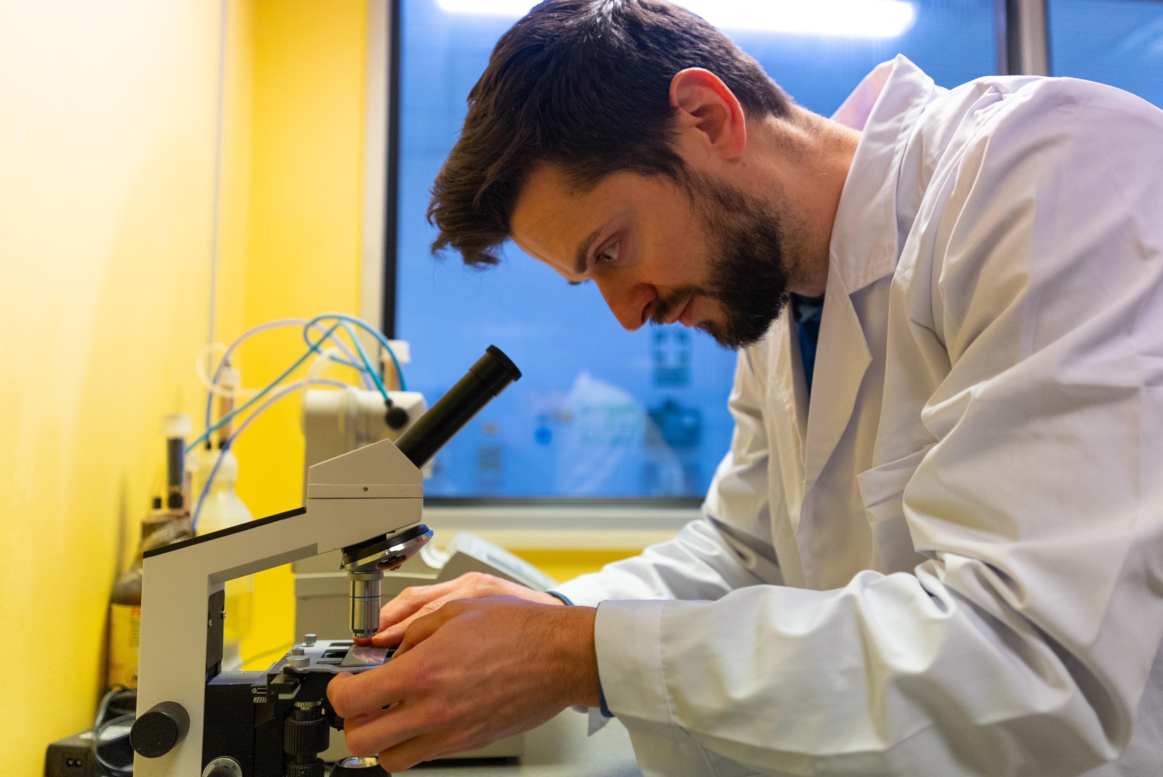 Oceanium research associate Andre Rastica at work