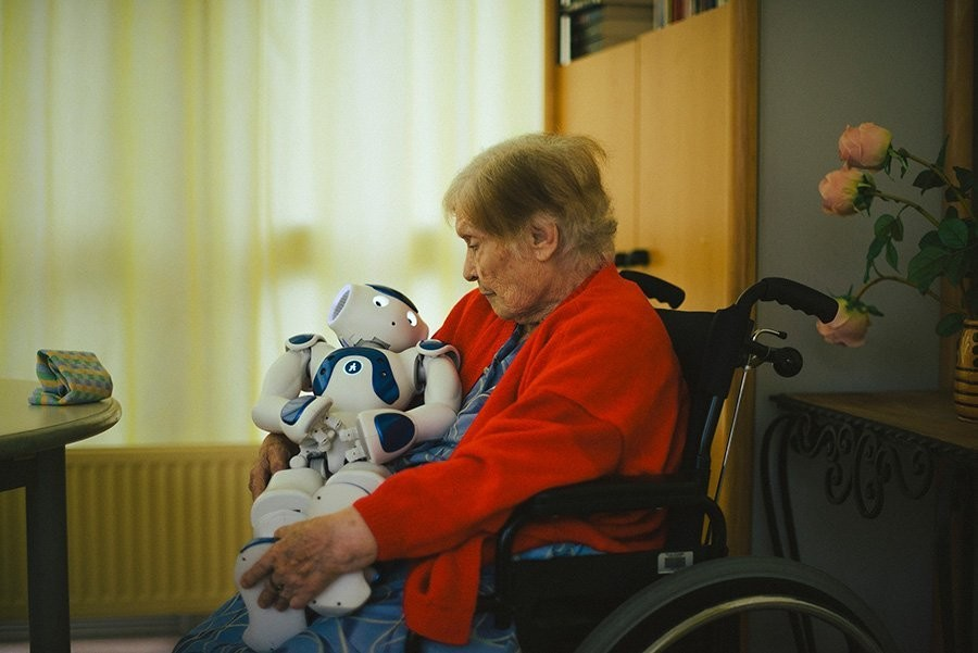 Jouarre, France artificial intelligence robotics paris healthcare exercise alzheimers ageing